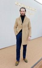 craig mcginlay burberry fw16 mw FashionDailyMag