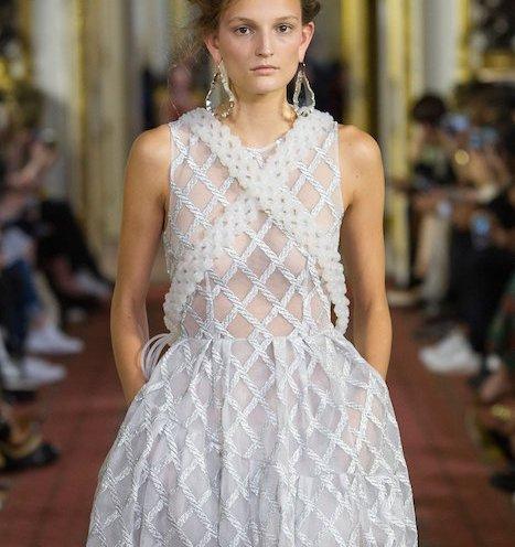 romance SIMONE ROCHA ss16 Fashion Daily Mag 6