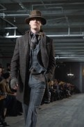 JOSEPH ABBOUD FW16 ANGUS SMYTHE FASHION DAILY MAG (627 of 1021)
