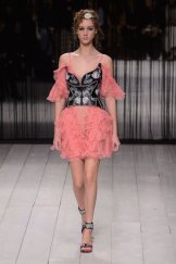 ALEXANDER McQUEEN fw16 LFW FashionDailyMag 12