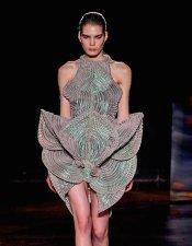 iris van herpen fw16 fwp FashionDailyMag 13b