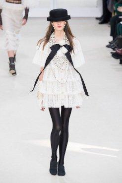 CHANEL fw16 fwp FashionDailyMag 5