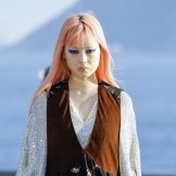 fernanda ly louis vuitton cruise 2017 fashiondailymag