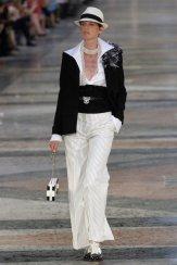 COCOCUBA chanel cruise 17 fwp FashionDailyMag 1 stella tennant