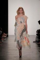 yi-ru-chen-academy-of-art-ss17-nyfw-fashiondailymag_055