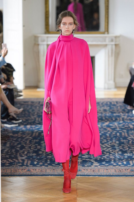 valentino ss17 fwp fashiondailymag 32 hot pink