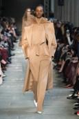 Max Mara FW17 fashiondailymag_30