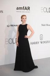 jessica chastain amfar cannes 2017 fashiondailymag