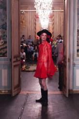 PALOMO SPAIN PRE SPRING 2018 PARIS fashiondailymagPALOMO SPAIN PRE SPRING 2018 PARIS fashiondailymag4(2)
