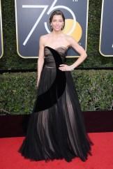 Jessica Biel golden globes in dior FashionDailyMag