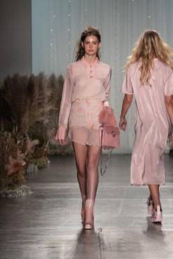 GFC_NYFW_Ozlana_SS19_FashionNomads_LOOK3jpgglobal fashion collective FASHIONDAILYMAG