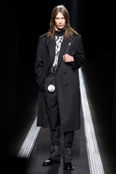 WINTER 19-20 COLLECTION LOOK 16