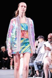 Custo Barcelona SS2020 nyfw FashionDailyMag Brigitteseguracurator ph Tobias Bui3374 12