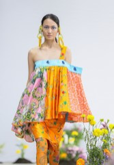 SHUTINGQIU_SS20_Look2 SHANGHAI RUNWAY faves FashionDailyMag Brigitteseguracurator