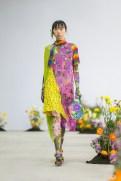 SHUTINGQIU_SS20_Look2 SHANGHAI RUNWAY faves FashionDailyMag Brigitteseguracurator 2 3