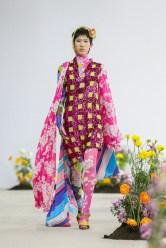 SHUTINGQIU_SS20_Look2 SHANGHAI RUNWAY faves FashionDailyMag Brigitteseguracurator 2 6