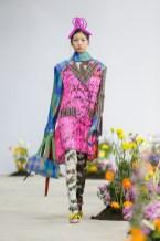 SHUTINGQIU_SS20_Look2 SHANGHAI RUNWAY faves FashionDailyMag Brigitteseguracurator 2 8
