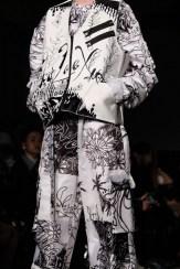 WooLeeX GFC FashionDailyMag Brigitteseguracurator Tobias 090