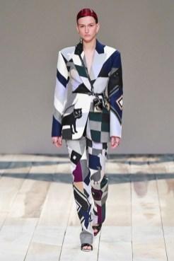 Alexander McQueen - __ - csc_0733 fall 2020 paris fashion week photo Imaxtree FASHIONDAILYMAG brigitteseguracurator