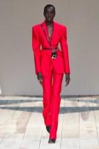 Alexander McQueen fall 2020 paris fashion week photo Imaxtree FASHIONDAILYMAG brigitteseguracurator 14