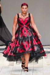 Alexander McQueen fall 2020 paris fashion week photo Imaxtree FASHIONDAILYMAG brigitteseguracurator 11