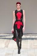 Alexander McQueen fall 2020 paris fashion week photo Imaxtree FASHIONDAILYMAG brigitteseguracurator 10