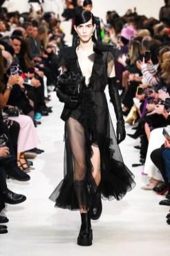 Valentino_19_is5_0371 fall 2020 paris fashion week photo Imaxtree FASHIONDAILYMAG brigitteseguracurator