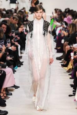 Valentino_80_is5_1524 fall 2020 paris fashion week photo Imaxtree FASHIONDAILYMAG brigitteseguracurator