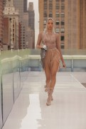 Flying_Solo_20210j0a8583 fun fashion editor faves brigitteseguracurator photo Randy Brooke for Fashion Daily Mag fashion 2021 1