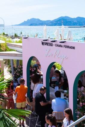 StreetStyle Fashion CannesFilmFestival 2021 FashionDailyMag ph JoyStrotz BrigitteSeguraCurator-007ATMOSPHERE CANNES BEACH VOL 2 221