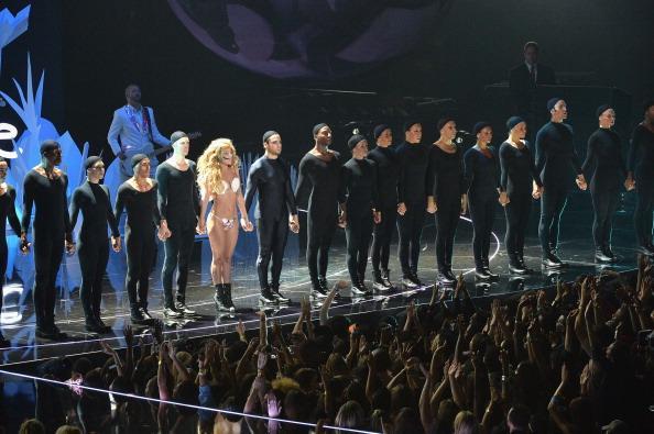 Lady Gaga finale at VMA 2013