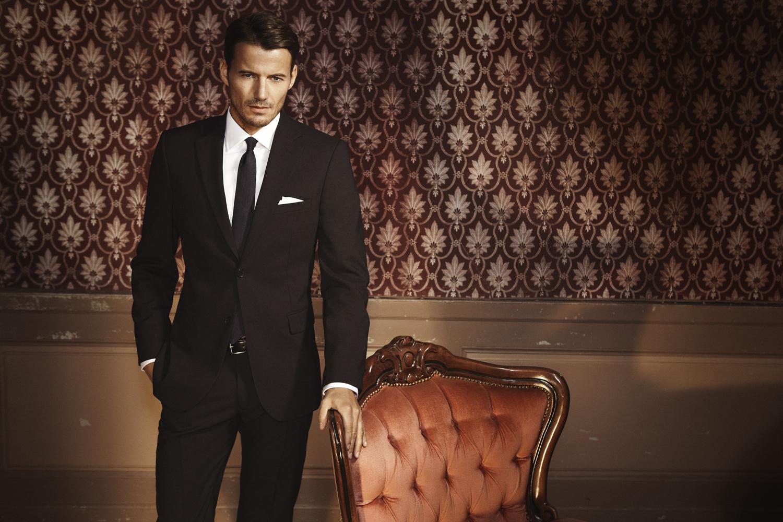 Under The Spotlight: Men's Fashion Marketing