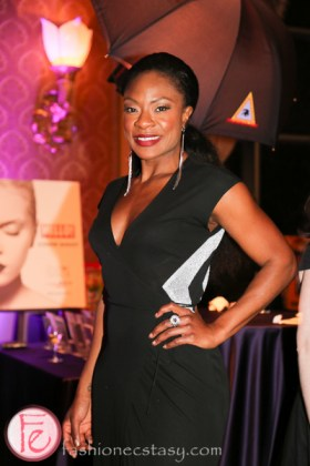 jully black at mirror ball 2014