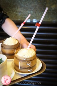 shanghai Yu Garden nanxiang giant steamed bun