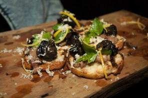 bone marrow & snails crostini porzia