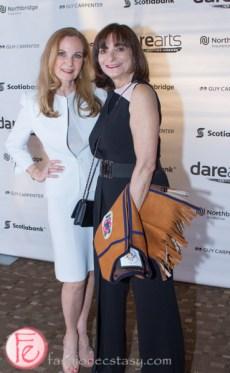 Marilyn Field, Jeanne Beker darearts leadership awards 2015