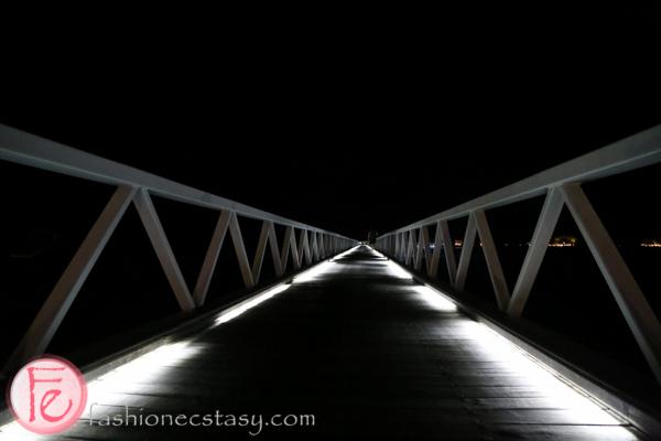 Conrad Maldives bridge connecting the two islands
