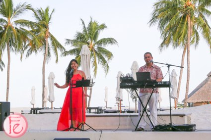 live music at Conrad Maldives Rangali Bar