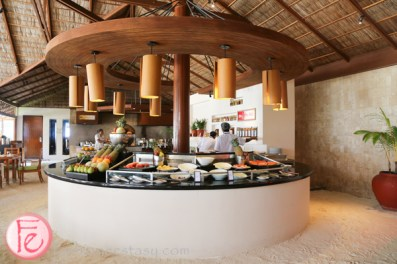 Atoll Market breakfast buffet