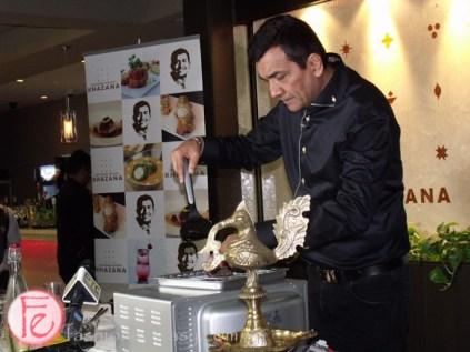Sanjeev Kapoor grilling salmon
