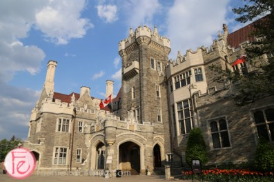 wonderful women gala casa loma
