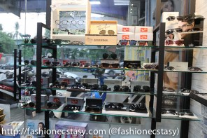 AB Optics Vision-Tainan English Friendly Optical 全美永康英語有店家