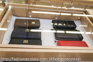 Realface leather wallet