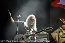 Mick Box, guitarist uriah help