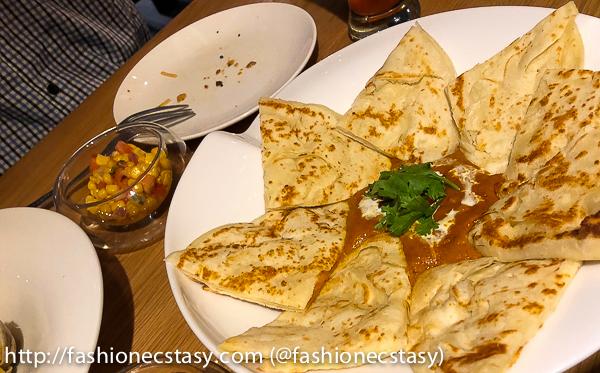 台北奎咖啡:南洋咖喱薄餅 (Quays Cafe Taipei: Curry with roti)