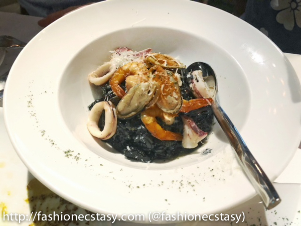 墨魚汁海鮮燉飯 Squid ink & Mixed Seafood Risotto bagel bagel taipei restaurant
