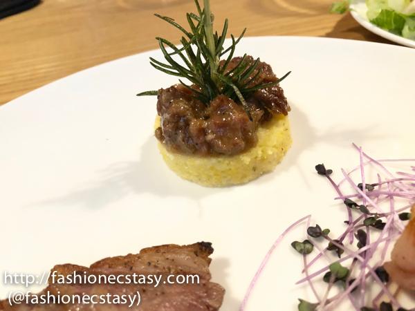 佩克拉拉慢燉羊肉玉米糕 (Polenta di pecorara)