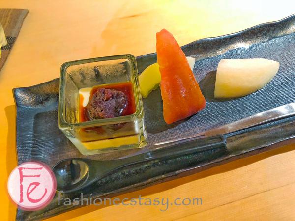 豆漿豆腐+水果 (soy pudding + fruits)
