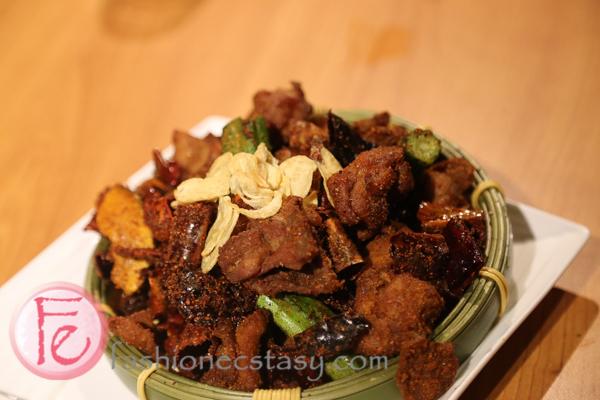 辣子跳跳雞 Spicy Deep -fried Chicken