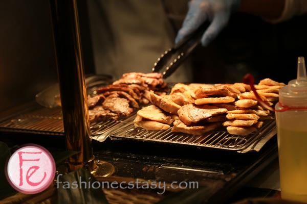 現煎區 - 文華Cafe (Grilling on-site- Cafe Un Deux Trois Mandarin Oriental)